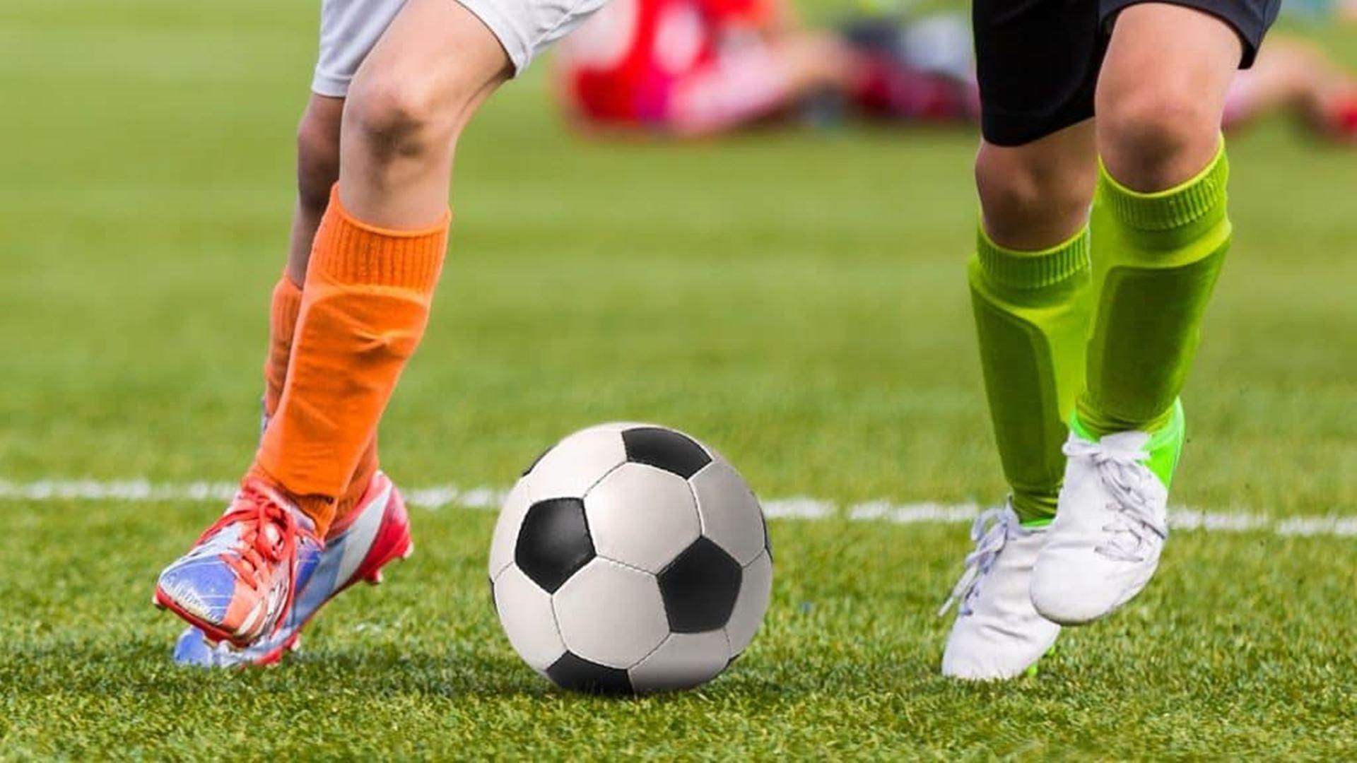 Migliori parastinchi da calcio 2021: Guida all'acquisto